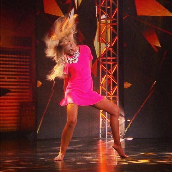 Ольга Бузова устроила мастер-класс по танцам