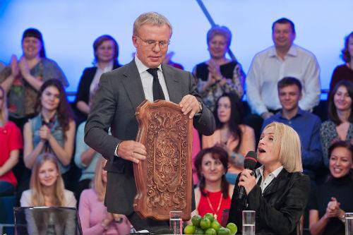 Вячеслав Фетисов  не сплоховал перед  королевой нард