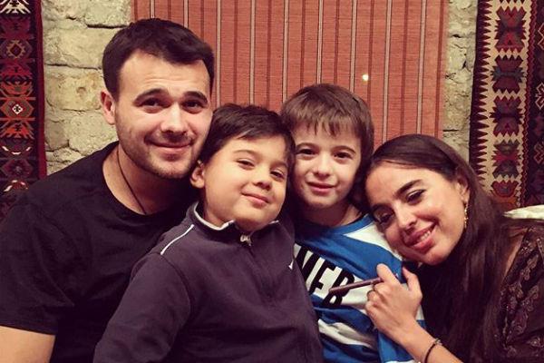 Эмин Агаларов с сыновьями и Лейлой Алиевой