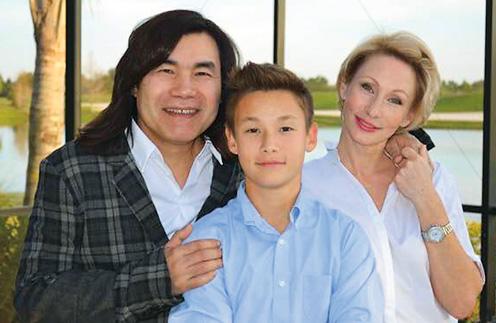 14 лет назад Екатерина Шелякова родила музыканту сына Максута