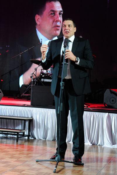 Александр Любимов