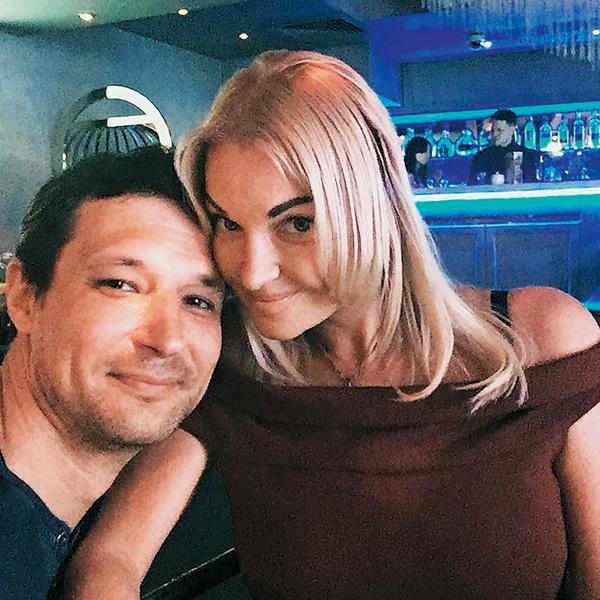 Настя и Миша встречались четыре месяца