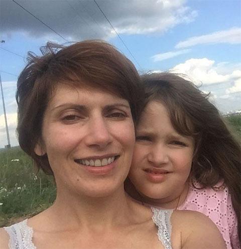 Светлана Зейналова с дочкой Сашей