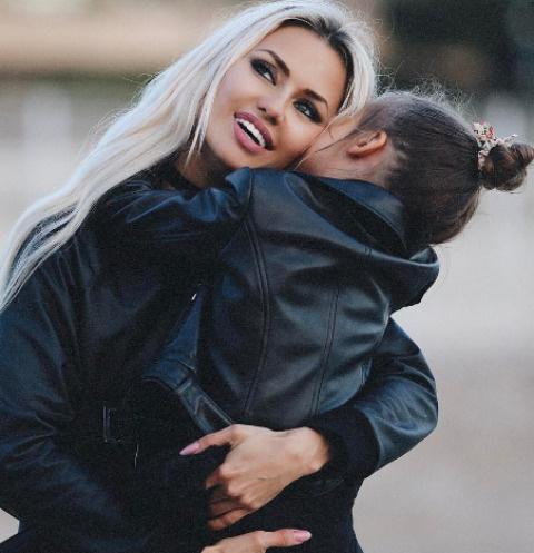 Виктория Боня и дочь Анжелина