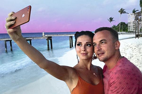 В начале августа Нюша и ее возлюбленный сыграли свадьбу на Мальдивах