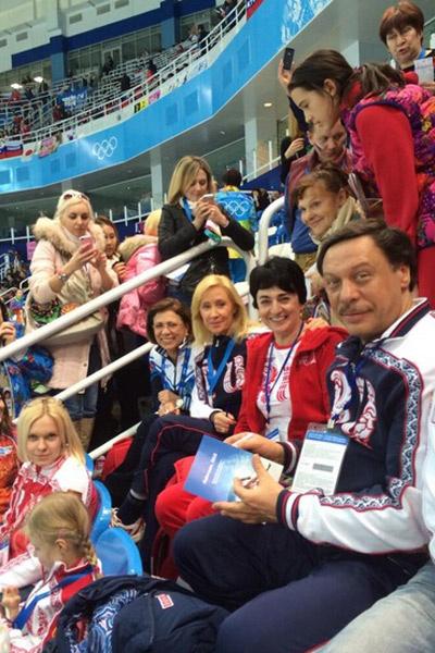 Ирина Роднина, Оксана Пушкина и супруги Барщевские болеют за Россию