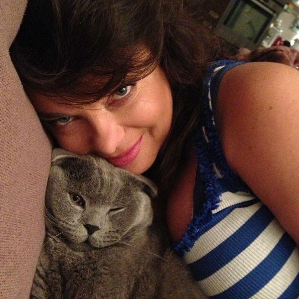 Певица со своим любимым котом по кличке Босс