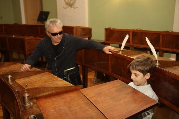 Константин Кинчев впервые побывал в Лицее вместе с внуком