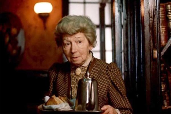 Одним из последних образов Рины Зеленой стала миссис Хадсон