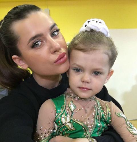 Юлия Ионина с дочерью