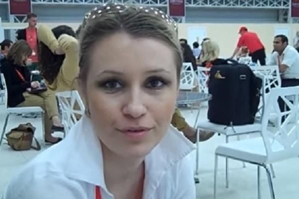 Театральный директор Ксения Рубцова обворовала Элину Быстрицкую