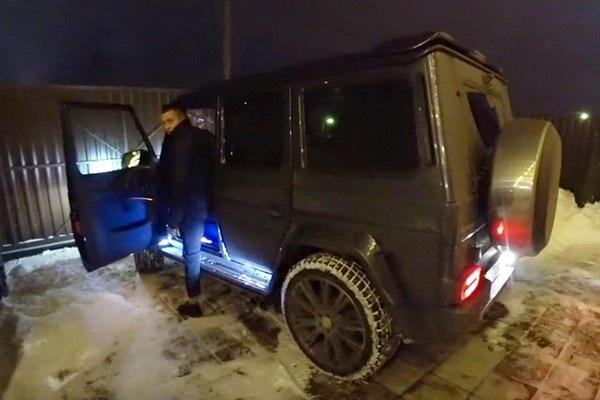 Новая машина Павла Прилучного