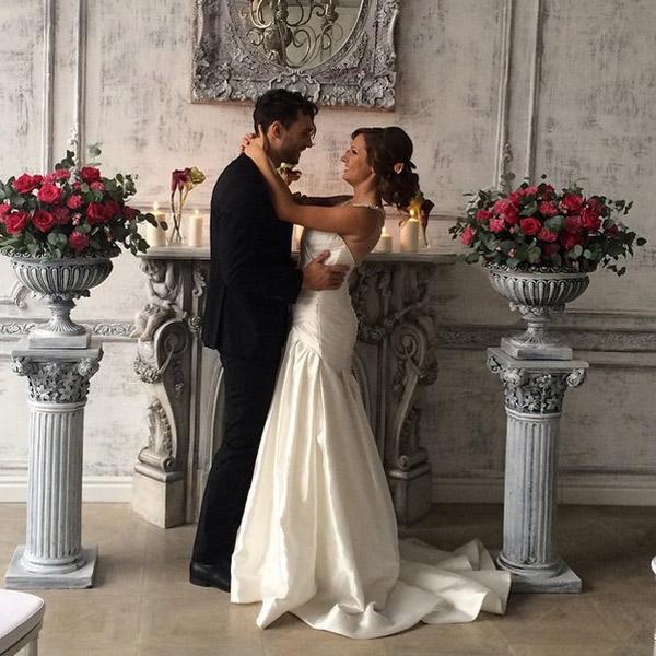 Алена с возлюбленным в день свадьбы