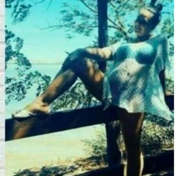 Теща Дмитрия Тарасова удивила интернет-пользователей своими фотографиями