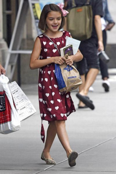 Уже в семь лет Сури разработала первую коллекцию одежды