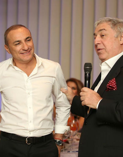 Именинника поздравил Михаил Гуцериев