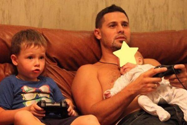 Сергей проводит много времени с сыновьями