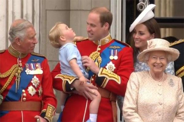 Для маленького Георга происходящее было несколько утомительным