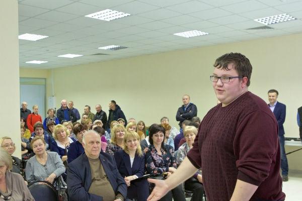 Ершов рассказывал одногруппникам, что работает в администрации города