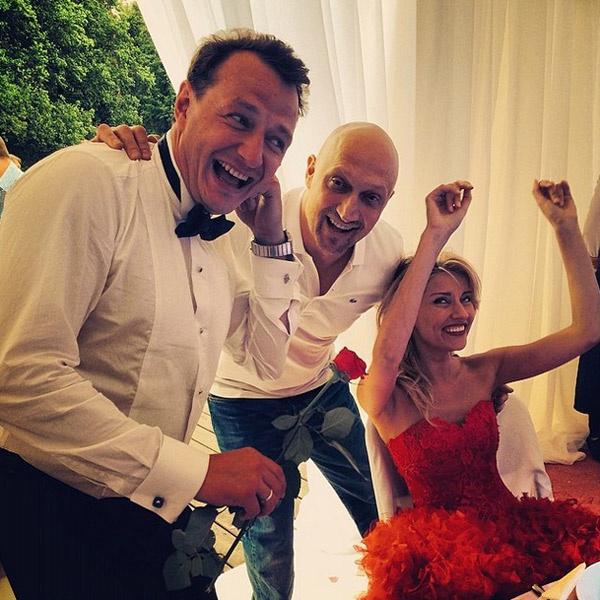 Жених и невеста с Гошей Куценко