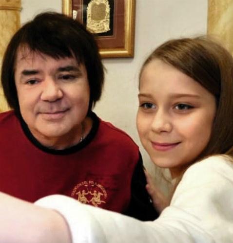 Евгений Осин относился к Насте как к родной