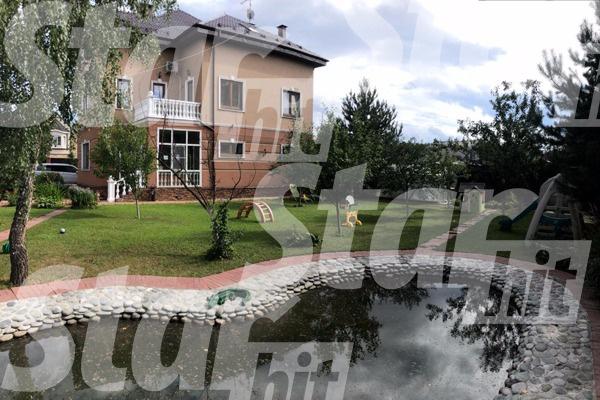 Эвелина продает дом в Подмосковье за 29 млн рублей