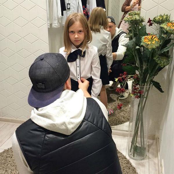 Несмотря на развод, Светлаков продолжает проводить много времени с дочкой