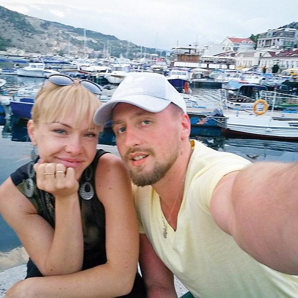 Из-за «Голоса» Никита, выбравший наставником Пелагею, отменил медовый месяц с женой Аленой
