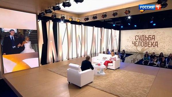 Татьяна Буланова отрицает, что развелась с мужем из-за его неверности