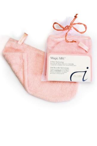 «Волшебная рукавичка» Magic Mitt для очищения кожи, 640 руб.