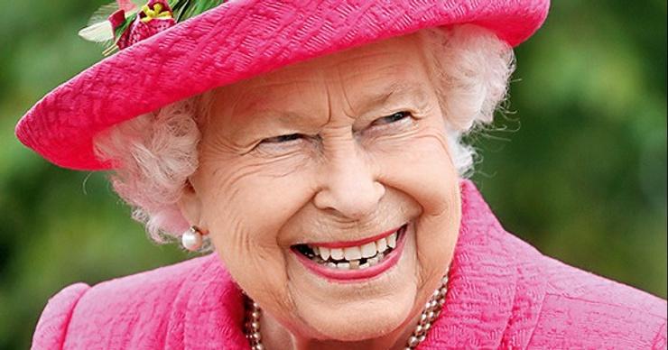 Моей соседкой стала Елизавета II?