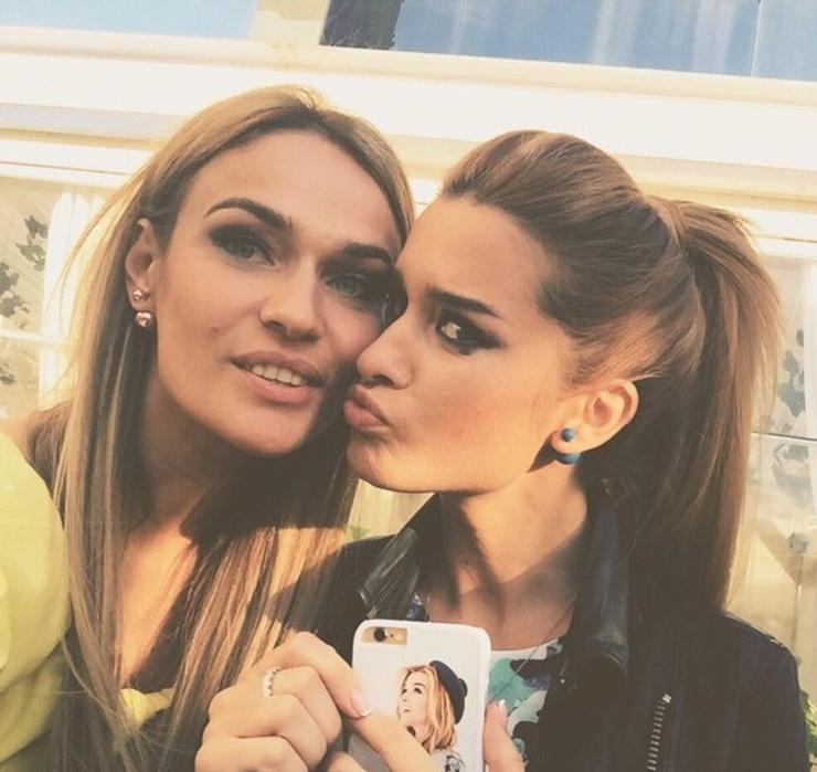 Алена и Ксения познакомились на «ДОМе-2»