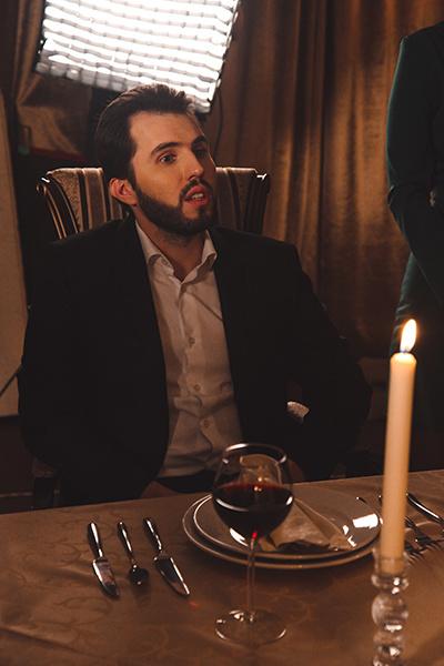Виктор сыграл партнера Лизы