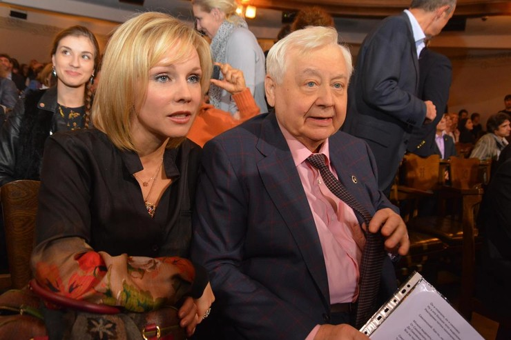 Долгие годы Зудина была музой Олега Павловича.