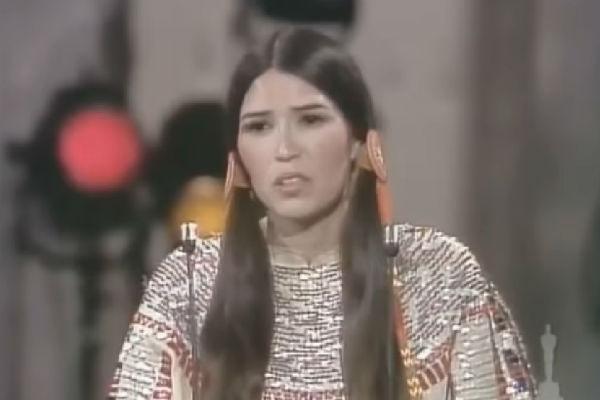 Появление девушки в национальном костюме на сцене стало причиной для громкого скандала