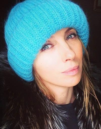 Светлана Бондарчук отдает предпочтение ярким аксессуарам
