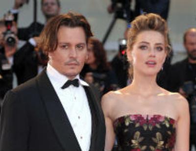 Скандальный развод Джонни Деппа и Эмбер Херд: что на самом деле к нему привело