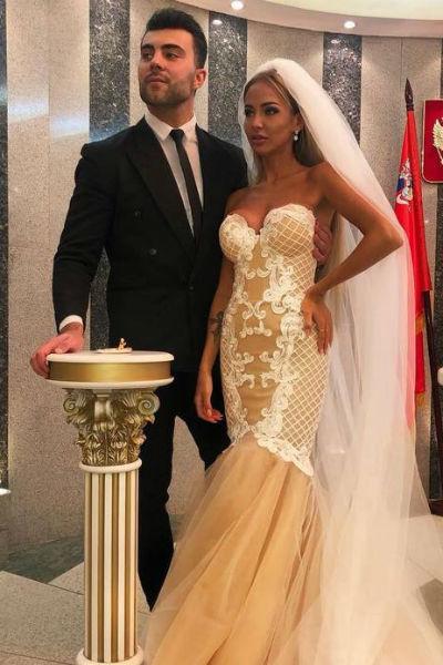 Лиза и Алексей расстались еще в конце марта