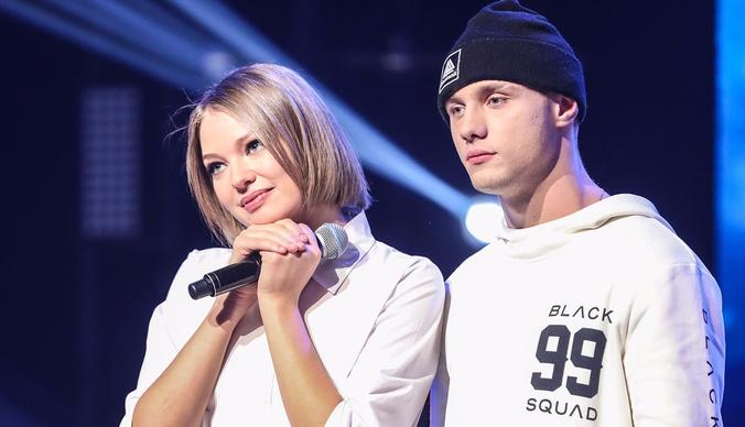 Участников «Новой Фабрики звезд» заподозрили в любовной связи