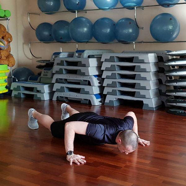 Стиль: За месяц до лета: 10 упражнений, которые приведут тело в форму – фото №13