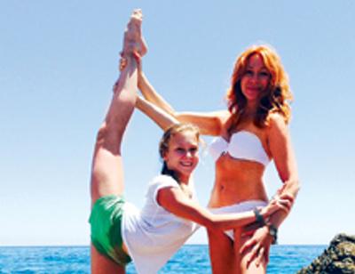 Алена Апина гордится успехами дочери-гимнастки