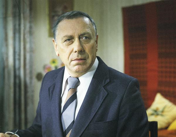 Папанов скончался 5 августа 1987 года