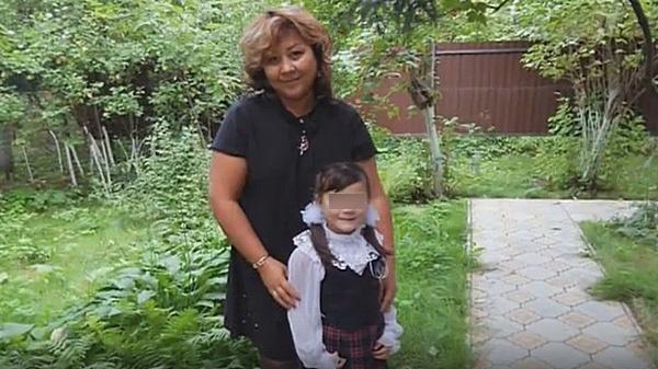 Азима Абдумаминова пока никак не прокомментировала утверждения бывшего возлюбленного