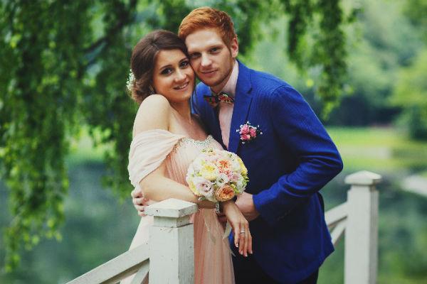 Пара решила отметить свадьбу в кругу самых близких людей