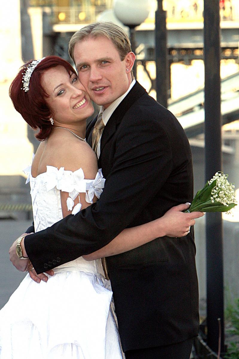 Брак Костомарова с Юлией Лаутовой не сложился