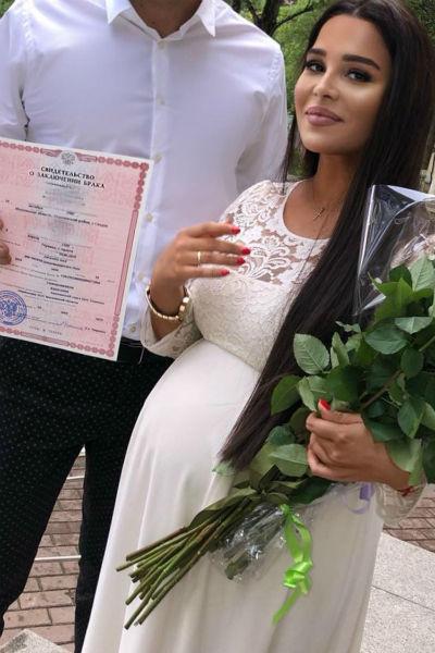 Катя вышла замуж во второй раз