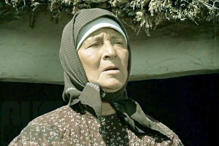 Ангелина Степанова исполнила в ленте роль старой казачки