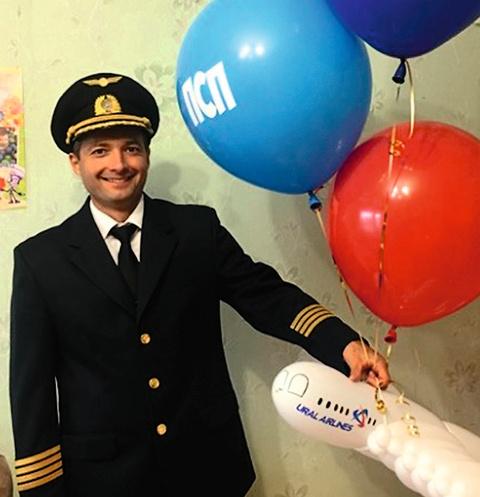 Год назад ас Дамир Юсупов стал командиром корабля