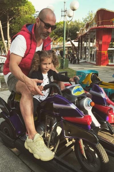 Лев Гейхман часто видится с дочкой