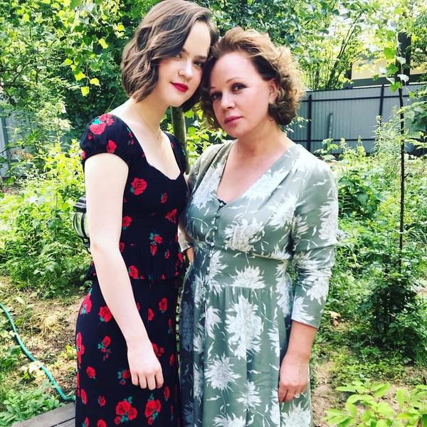 Елена Валюшкина с дочерью